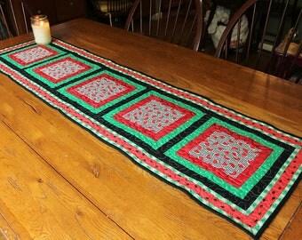 Watermelon Table Runner, Summer Table Runner, Watermelon Table Topper, Quilted Table Runner, Farmhouse Kitchen Decor, Country Kitchen Decor