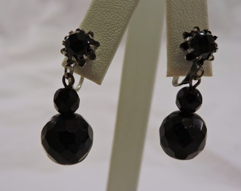 Vintage Mid Century Silver Tone Faceted Black Glass Coro Screw Back Dangle Earrings