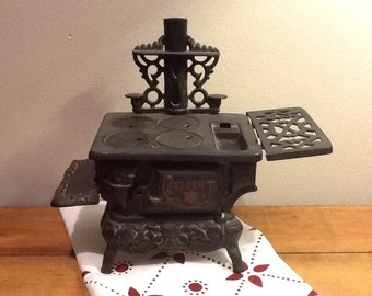 Vintage Crescent Older Version Cast Iron Miniature Stove Toy or Salesman's Sample Made in USA