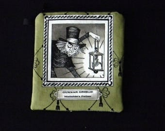 THE GHASTLIES Gunnar Grislie olive portrait zippered pouch