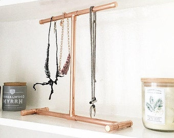 Copper Jewellery Stand - Industrial / Rose Gold / Gift idea! Upcycled copper pipe - bedroom decor - perfect for necklaces!