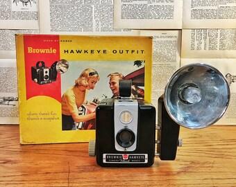 Vintage Camera, Kodak Brownie Hawkeye Flash Model with Kodalite Midget Flasholder, Bakelite, Mid Century Camera, Vintage Photography