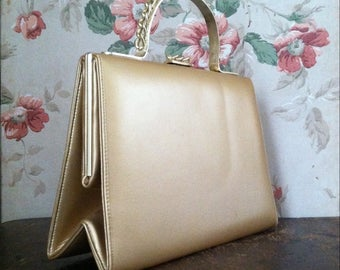 Vintage Handbag - 1960s Matte Gold Chain Handle Purse