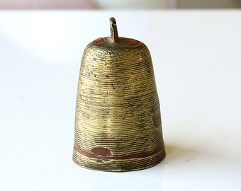 Vintage brass bell Goat bell Sheep bell Old antique primitive Farmhouse country Golden Gold rustic home decor bell ornament Animal bell