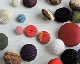 Vintage Fabric Covered Buttons - Metal Shank - Paris - Plaid