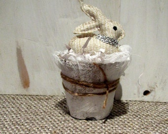Easter decoration, Spring decorations, Easter bunny, Easter basket, French country Easter decor, Farmhouse Easter decor, Fixer Upper decor