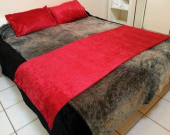 Red Crushed Velvet Bed Throw Set
