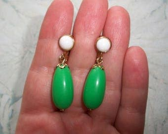 Vintage Signed Avon Green and White dangle clip on earrings,Gold tone,Pre-owned