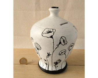 Traditional Ceramic Piggybank with a Twist! Spring Inspired. MADE TO ORDER | Piggy bank | Hucha | Sparbüchse | Salvadanaio | 钱柜