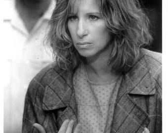 """Nuts - 1987 - 8"""" x 10"""" B & W publicity photo - Barbra Streisand"""