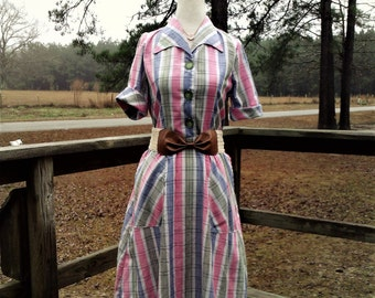 vintage style dress, modest dress, long dress, womens dress, 1940s style dress, shirt waist dress, plaid dress, vintage style clothing