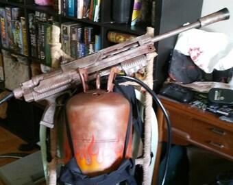 Post apocolypse Flamethrower Backpack prop