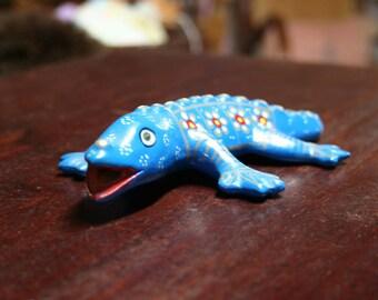 Vintage Primitive Handmade Clay Bold Blue Gekko Lizard Folk Art
