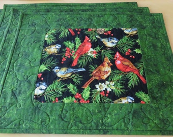 Christmas Quilted Placemats, Christmas Birds Quilted Placemats, Handmade Quilted Placemats, Cardinals Placemats, Winter Birds Placemats