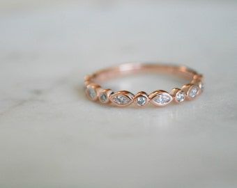 Bezel Set Vintage Wedding Band, Rose Gold Wedding Band