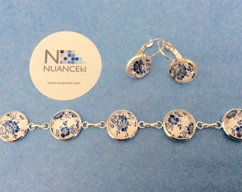 Delicate bracelet and earring WHITE and BLUE flowers
