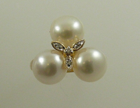 Freshwater Pearl 8mm Ring 14k Yellow Gold with Diamonds