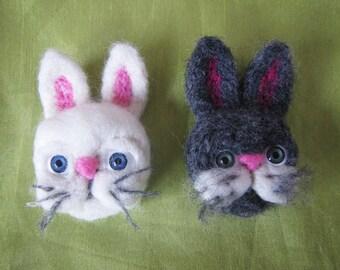Felted brooch bunny, felted brooch rabbit, woolen rabbit brooch. Felt brooch rabbit, fany bunny brooch, white bunny felted brooch Bunny