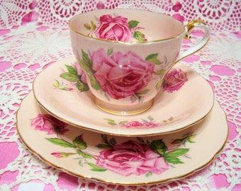 Beautiful Vintage Pastel Pink AYNSLEY ROSES Cup, Saucer & Plate.