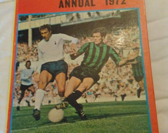 Scorcher annual 1972 , soccer annual