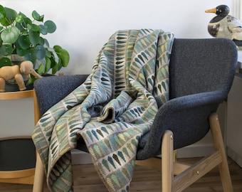 Emerald Green Modern Merino Wool Throw Blanket - Fern Jade