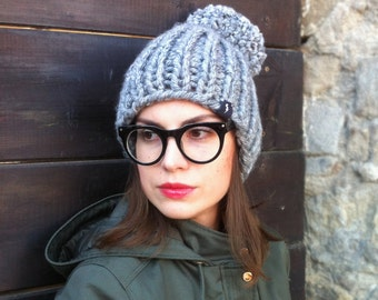 NEW Chunky pom pom beanie / pom pom hat / Woman / Man