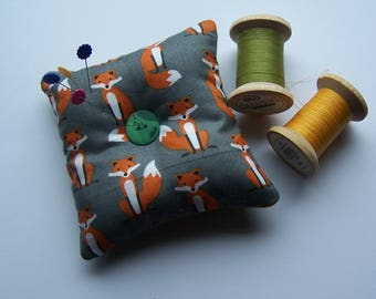 Fox print and felt square pin cushion, needle minder.  Foxy print pin cushion.  Gift for crafters, sewing gift, birthday gift