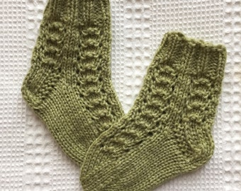 EUR Size 18 / US 3 / UK 2 / Handknitted Infant Child Warm Wool Socks, Olive Green, Lace Knit