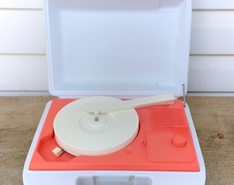 Vintage Daylin Record Player Turntable Phonograph Children Kids Plastic Portable Music Play Musical White Pink Retro Original 80s 1980s Rare