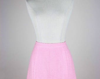 CHANEL Vintage Skirt Bouclé Tweed Pink Spring/Summer Ready-To-Wear Collection 1989  Sizes Germany 38-40 / UK 10-12 / USA 6-8