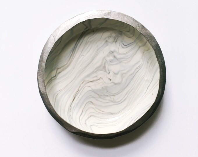SILVER SMOKE // Polymer Clay Ring Dish, Jewelry Dish, Trinket Dish