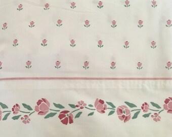 Vintage Full Flat Sheet / Stevens FULL Flat Sheet / roses / Vintage floral sheet