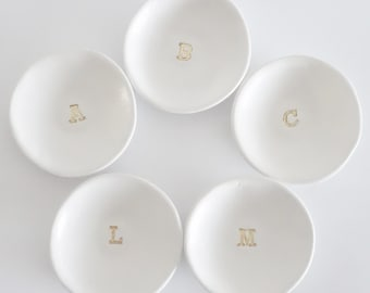 Monogram Initial ring dish, trinket dish, jewellery dish, personalised, bridesmaid present, gift for her, gifts for friends, stocking filler