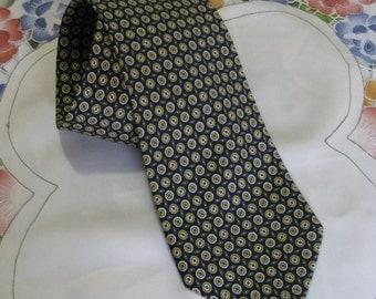"Vintage ""Nino Salzano"" Necktie 100% Silk Made in Italy"