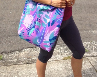 """Camo Pink. Strong but lightweight tote bag. 14"""" x14"""""""
