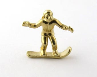 Vintage 14K Yellow Gold Snowboarder Pendant #883