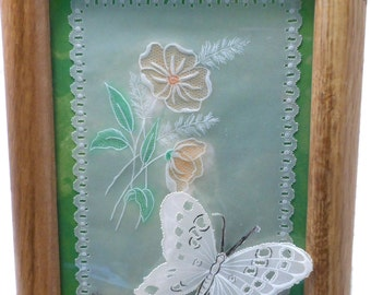 Array of flowers and butterfly for a delicate decoration.