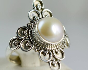 Fresh Water Pearl Ring ~ Pearl Ring ~ Pearl ~ 925 Solid Sterling Silver ~ Handmade Silver Ring ~ Custom Size 3 to 14 US