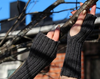 Woolen Wrist / Arm Warmers, Grey Knit Fingerless Gloves, Wristlets, Touchscreen Gloves, Keyboard Gloves, Christmas Gift, Gift for Him