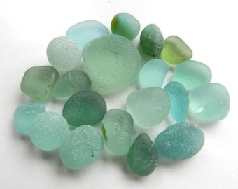 Rich Aqua and Sea Foam Sea Glass Pieces in a Mix of Sizes