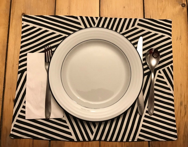 modern fun black and white placemats. Black Bedroom Furniture Sets. Home Design Ideas