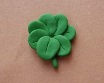 Seven Leaf Clover - Futurama - Polymer Necklace