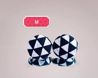 Studs, earrings, studs, fabric button, 15mm, black and white, monochrome, triangles