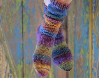 thick, colorful wool socks 44/45