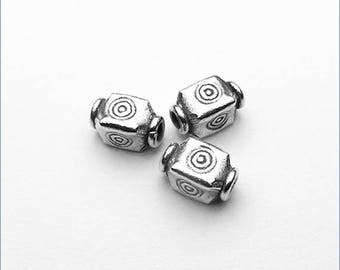 HB047 ~ Stamped Bead