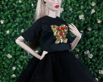 "LOVE - Look 1 - Fashion for Fr2, Barbie, Silkstone and same size 12"" doll"