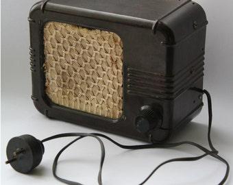 Soviet radio, Bakelite radio, Vintage radio USSR, Radio speaker, Home decor.