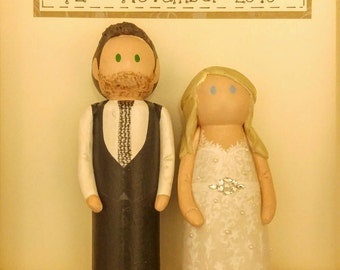 Wedding frame, wedding gift, personalised bride and groom, peg dolls, personalised wedding gift, cake topper, wedding keepsake, unusual
