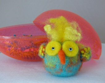 Meet Mo, a hippie chick who lives in a vintage Easter egg!