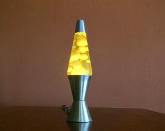 retro original yellow lava lite silver aluminum base 32oz yellow lava lamp motion